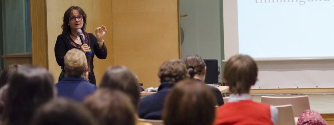 Фотозвіт із лекції Лідії Варбанової