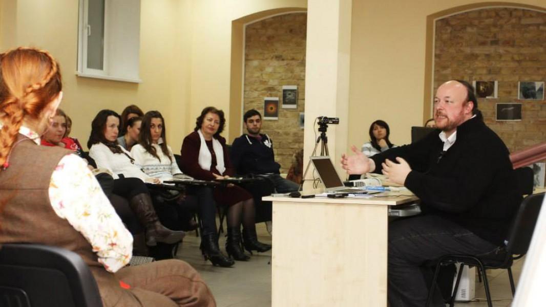 Фото з лекції Олексія Браточкіна